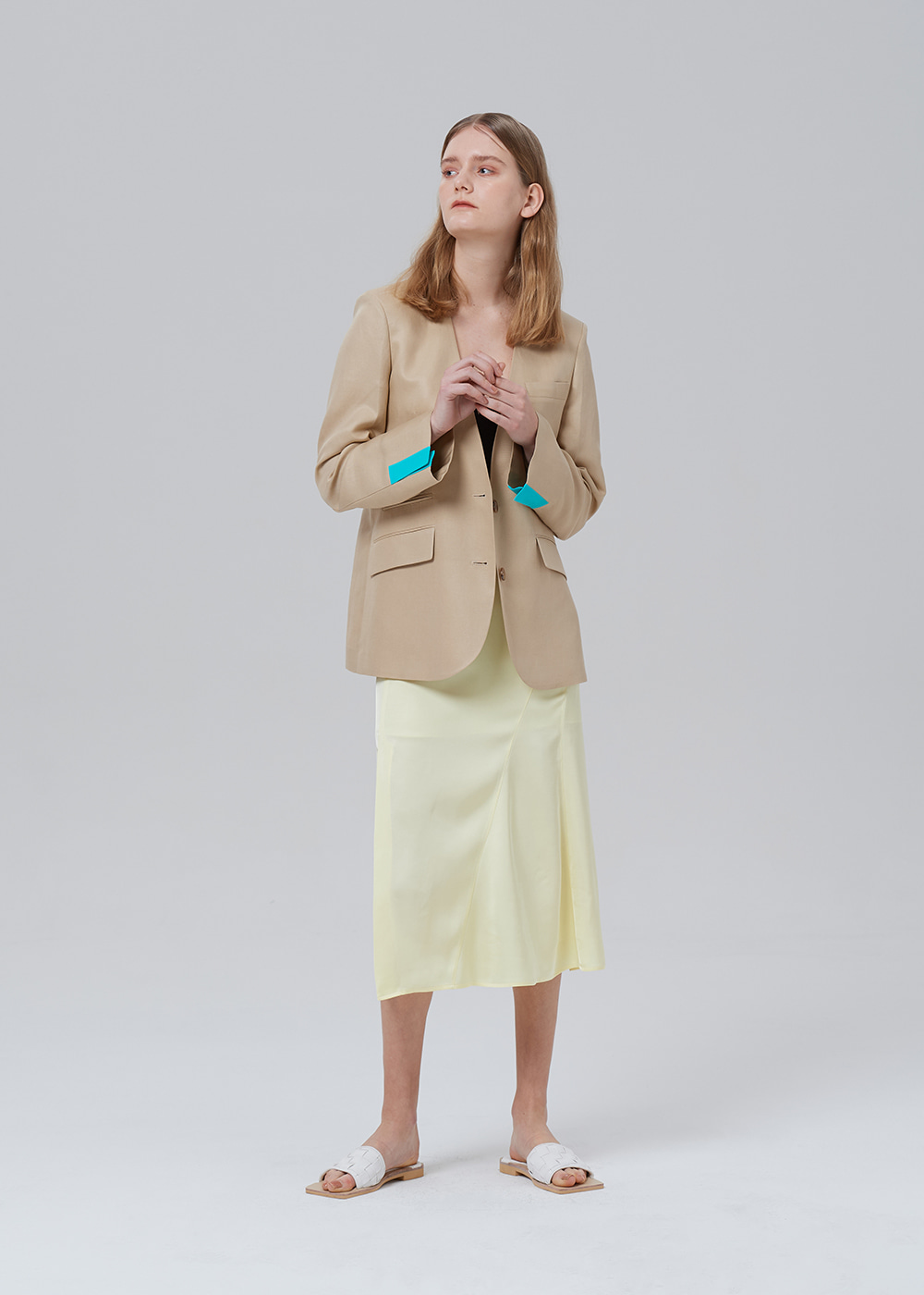 Notched Collar Blazer BEIGE