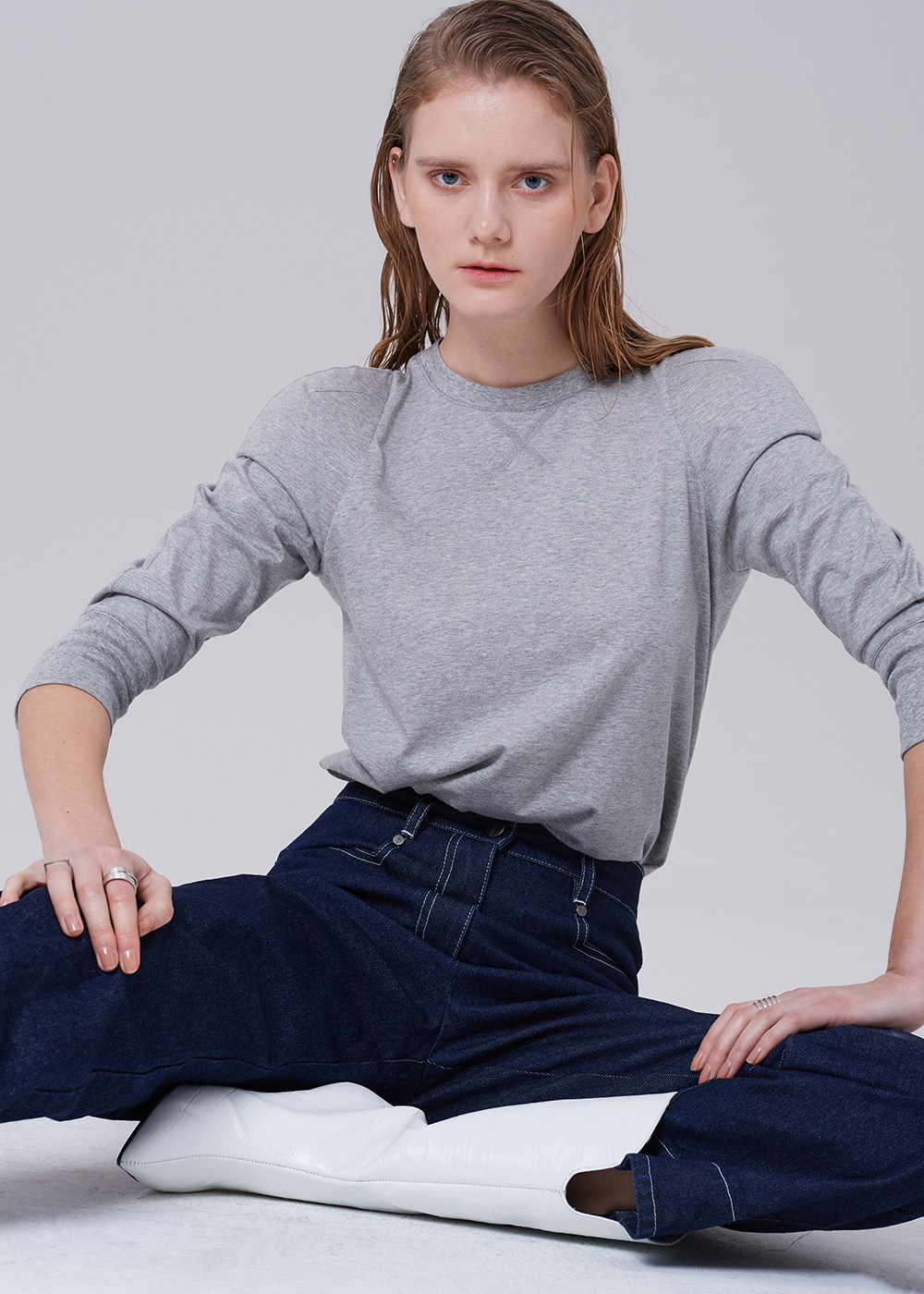Power Shoulder Sweatshirt GRAY